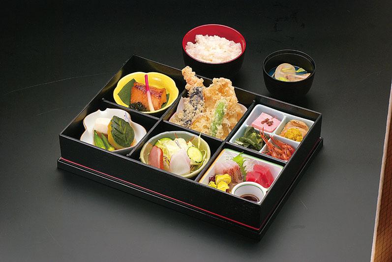 http://takada-omotenashi.jp/news/upimg/DSC_9052_%E5%9F%8E%E6%A1%9C%E5%BC%81%E5%BD%93.jpg
