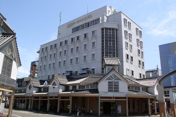 旬魚料理と地酒の店 大黒屋